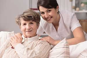 In-home care: independent contractor vs agency
