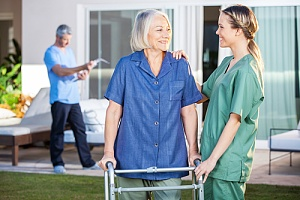 learning what to expect from in-home care services